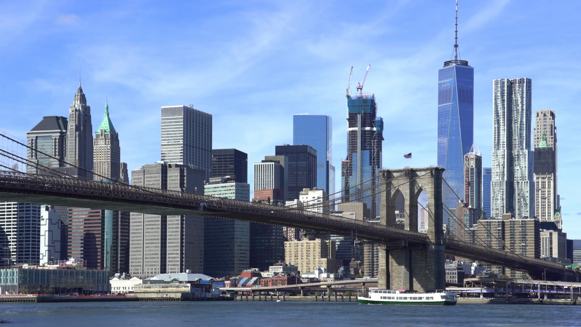 brooklyn-bridge-with-manhattan-skylines-new-york-city